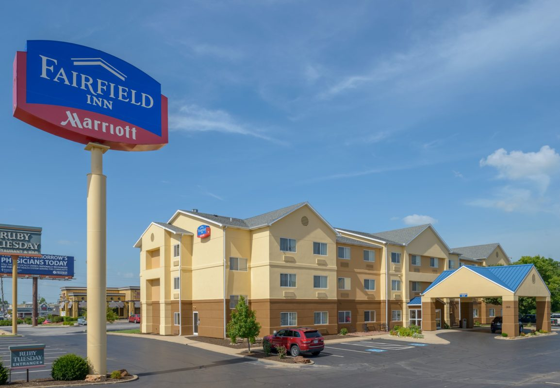 Fairfield Inn Joplin exterior with sign daytime