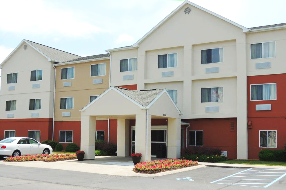 Fairfield Inn Indianapolis South exterior day