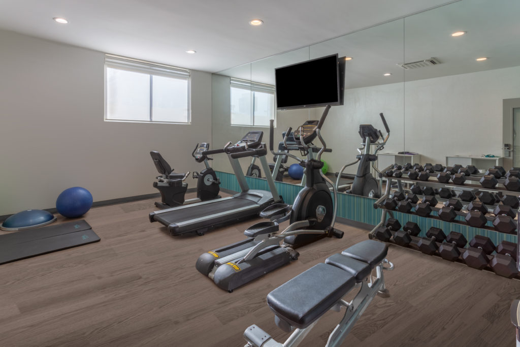 Holiday Inn Express LaGuardia Airport fitness center