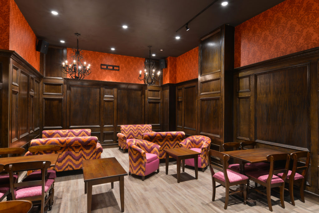 Holiday Inn New York City – Times Square sitting room