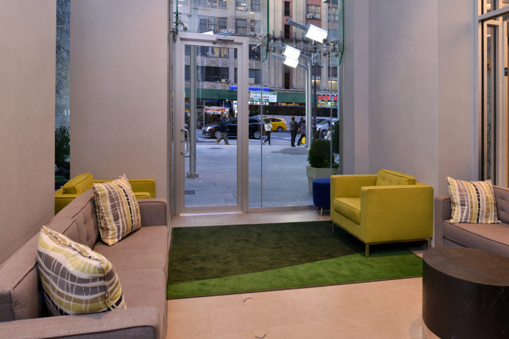 Holiday Inn New York City – Times Square lobby seating